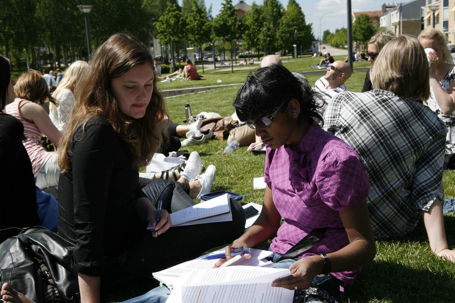 Linkopings universitet far dela ut civilekonomexamen
